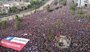 img800-cile--mega-protesta-a-santiago--un-milione-in-strada-148681